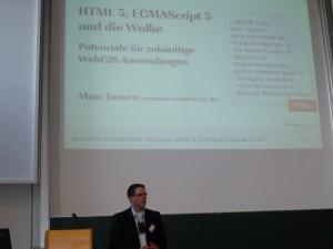 Marc Jansen hält den Keynote Vortrag