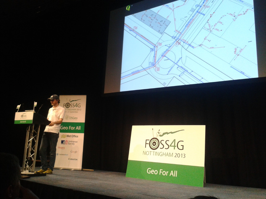 timsutton-presents-qgis-2-0_1