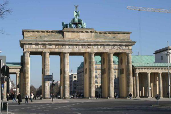Brandenburger Tor: Quelle: http://www.free-fotos-berlin.de/